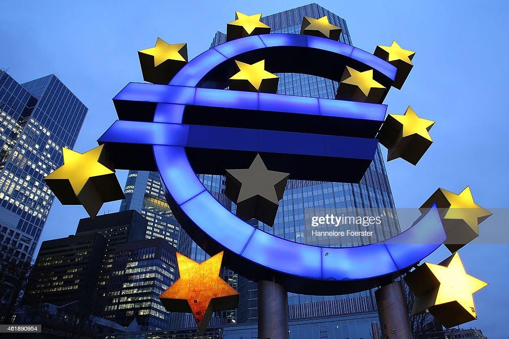 European Central Bank To Announce Bond-Buying Program : ニュース写真