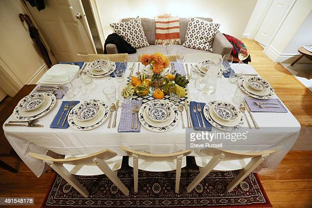 TORONTO ON OCTOBER 2 The table is set for nine complete with a seasonal centre piece Toronto Star reporter Lauren Pelley hosts a Friendsgiving dinner...