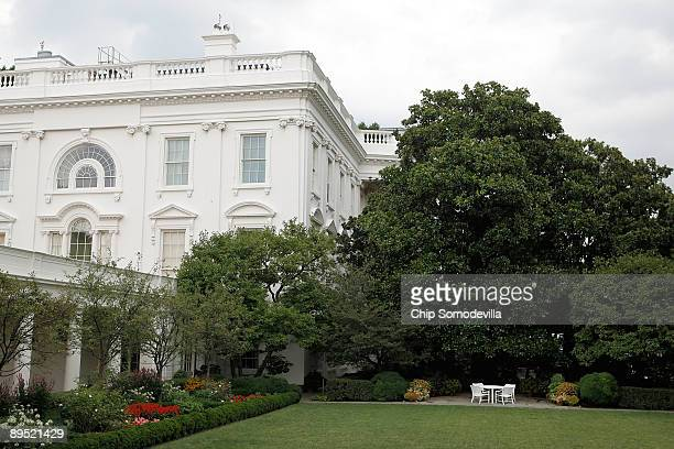 The table is set in the Rose Garden for a casual meeting between US President Barack Obama Cambridge Massachusettes Police Sgt James Crowley and...