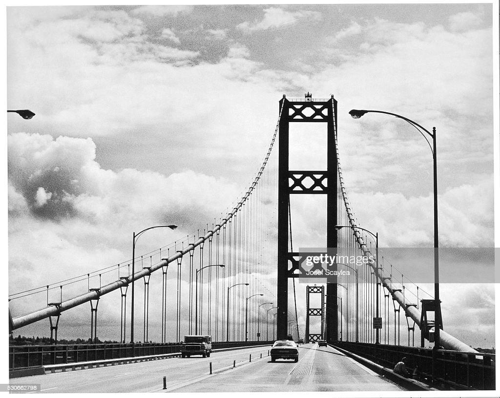 Tacoma Narrows Bridge : News Photo