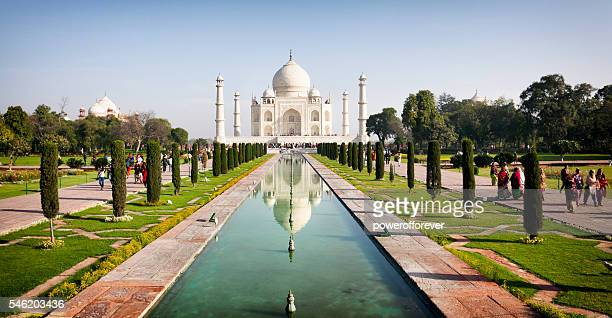 the taj mahal - taj mahal stock photos and pictures