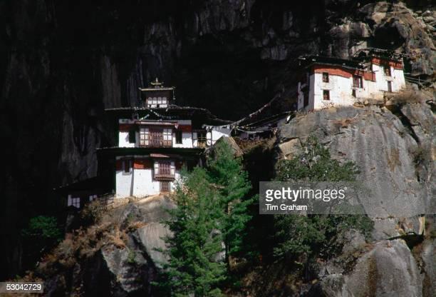 The Tak Tsang Buddhist monastery nestled on the granite cliffs above Paro Bhutan
