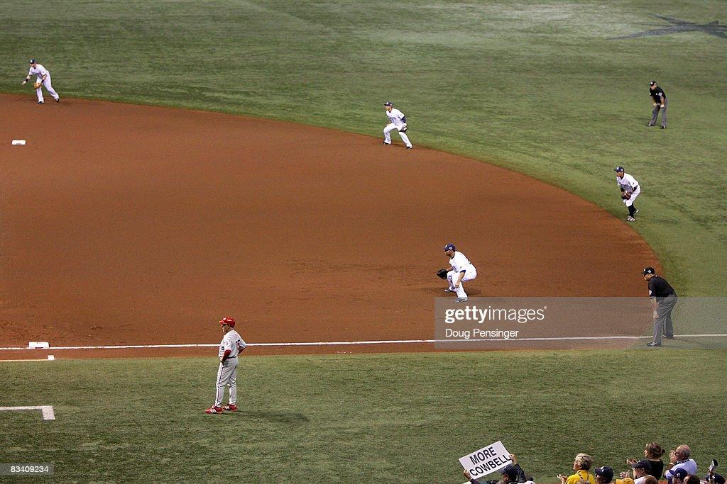 World Series: Philadelphia Phillies v Tampa Bay Rays, Game 2 : ニュース写真
