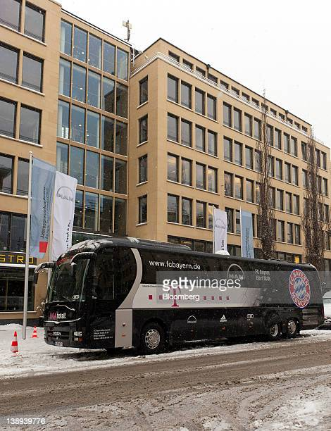 The team bus of German soccer club FC Bayern Munich manufactured by MAN SE sits outside the venue for a MAN SE news conference in Munich Germany on...