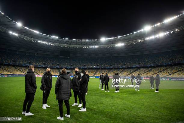 The team is seen during a site visit of Borussia Moenchengladbach ahead the Group B - UEFA Champions League match between Shakhtar Donetsk and...