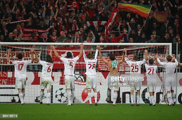 The team of Bayern celebrates winning the UEFA Champions League Group A match between FC Bayern Muenchen and Maccabi Haifa at Allianz Arena on...