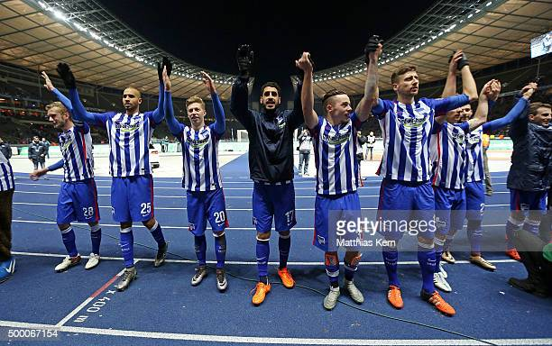 The team of Berlin celebrate after winning the Bundesliga match between Hertha BSC and Bayer Leverkusen at Olympiastadion on December 5 2015 in...