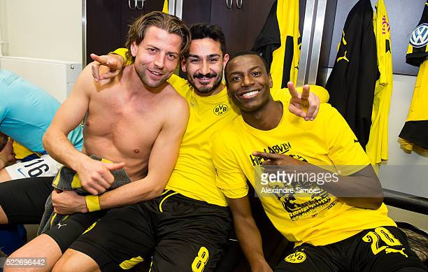 The team of Borussia Dortmund celebrates their win together at the changing room after the DFB Cup Semi Final match between Hertha BSC and Borussia...