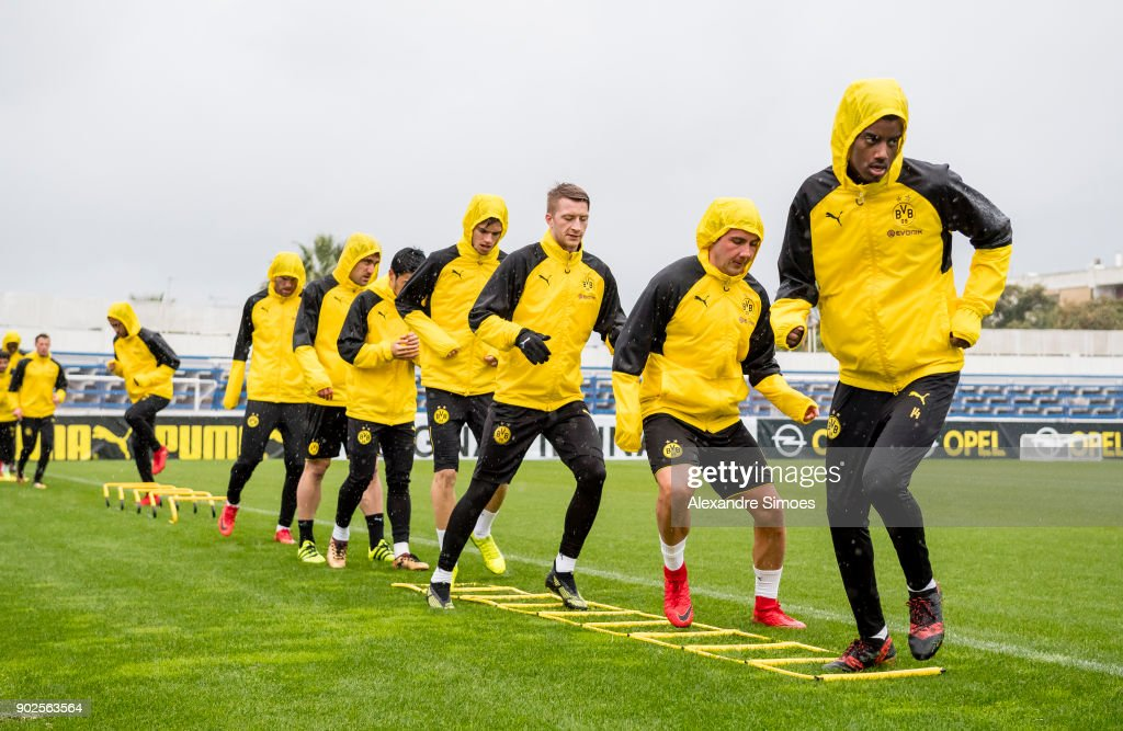 The team of Borussia Dortmund during a rainy training session as part of the training camp at the Estadio Municipal de Marbella on January 08, 2018 in Marbella, Spain.