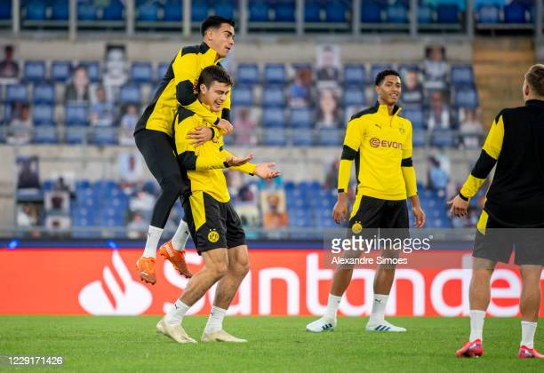 The team of Borussia Dortmund during a training session prior to the Champions League match on October 19 2020 in Rome Italy