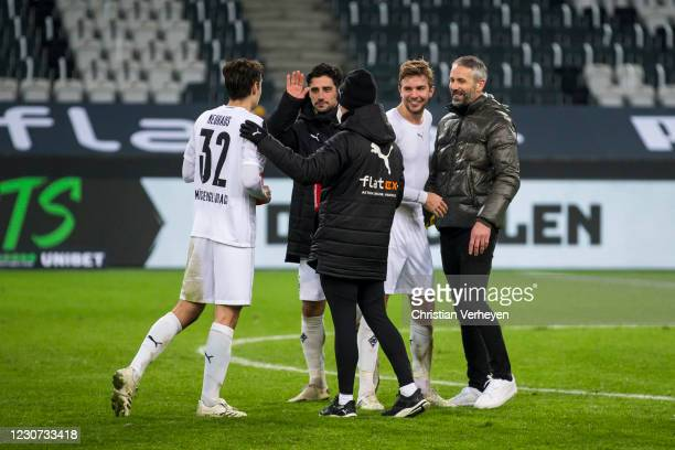 The Team of Borussia Moenchengladbach celebrates the win after the Bundesliga match between Borussia Moenchengladbach and Borussia Dortmund at...