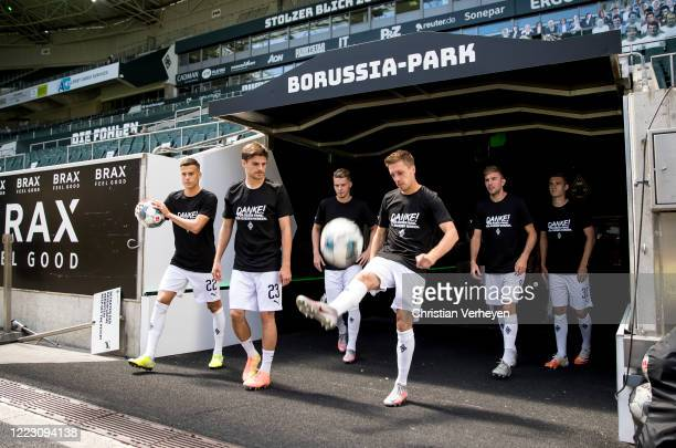 MOENCHENGLADBACH GERMANY JUNE The Team of Borussia Moenchengladbach is seen ahead the Bundesliga match between Borussia Moenchengladbach and Hertha...