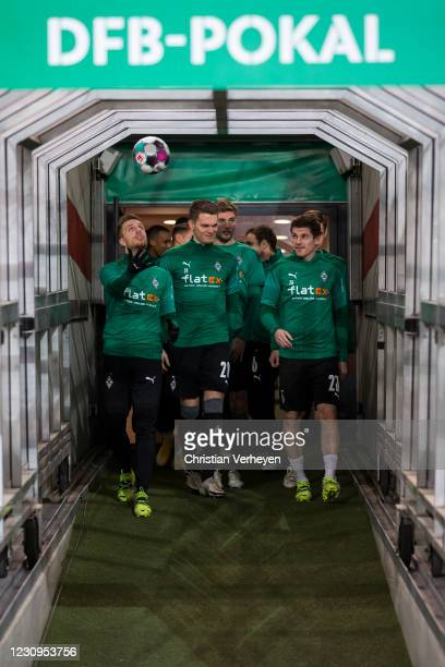 The Team of Borussia Moenchengladbach is seen ahead the DFB Cup match between VfB Stuttgart and Borussia Moenchengladbach at Mercedes-Benz Arena on...