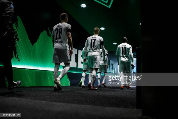 The Team of Borussia Moenchengladbach is seen before the Bundesliga match between Borussia Moenchengladbach and FC Schalke 04 at BorussiaPark on...