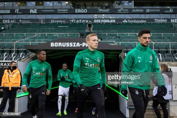 The Team of Borussia Moenchengladbach is seen before the Bundesliga match between Borussia Moenchengladbach and Hertha BSC at Borussia-Park on...