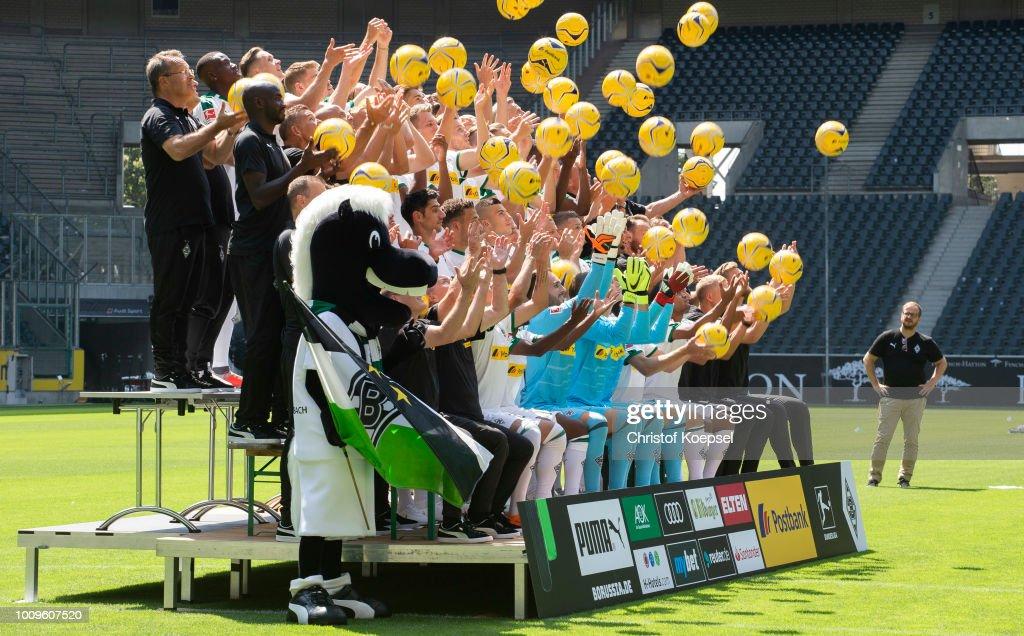Borussia Moenchengladbach - Team Presentation : Nachrichtenfoto