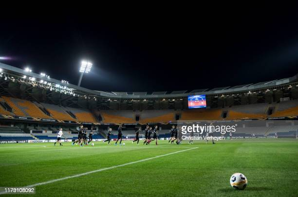 The Team of Borussia Moenchengladbach runs during a Training session ahead the UEFA Europa League Group J match between Istanbul Basaksehir F.K. And...