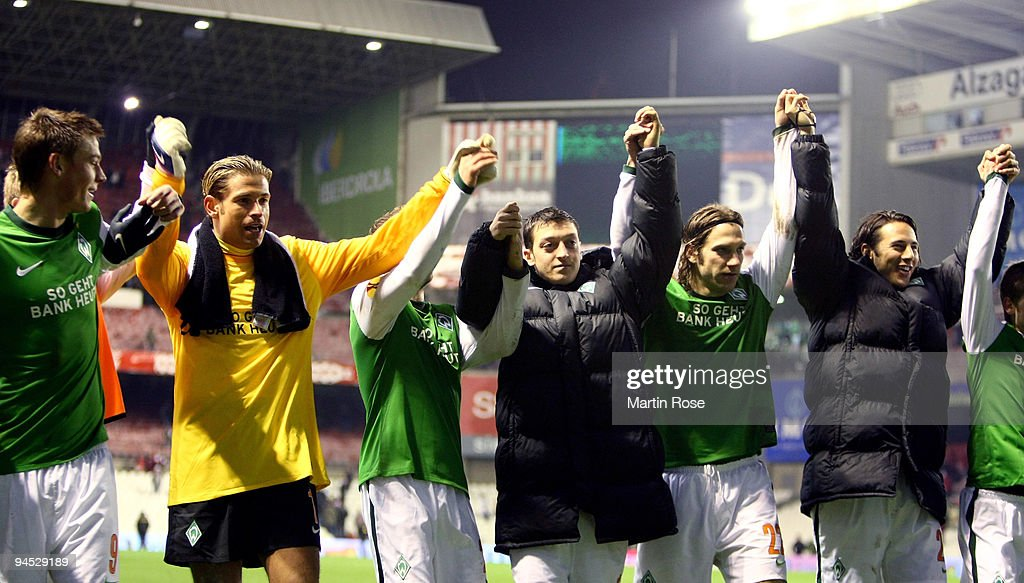 Atletico Bilboa v SV Werder Bremen - UEFA Europa League : News Photo