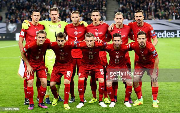 The team of Czech Republic lines up before the FIFA 2018 World Cup Qualifier between Germany and Czech Republic at Volksparkstadion on October 8 2016...