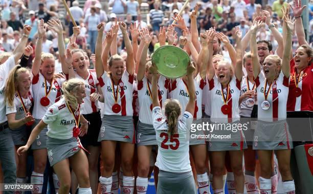 The team of der Club an der Alster Hamburg celebrates winning the German Championships after winning 31 the ladies final match between Club an der...
