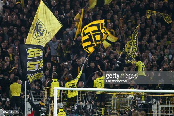 The team of Dortmund celebrates the 20 victory after the during the Bundesliga match between Borussia Dortmund and FC Schalke 04 at Signal Iduna Park...