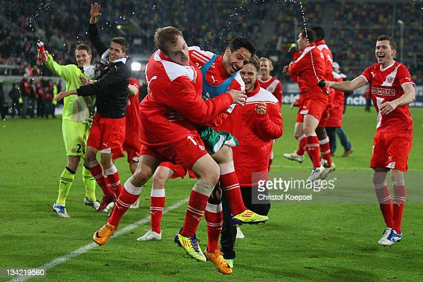 The team of Duesseldorf celebrates the 2-1 victory after the Second Bundesliga match between Fortuna Duesseldorf and Greuther Fuerth at Esprit Arena...