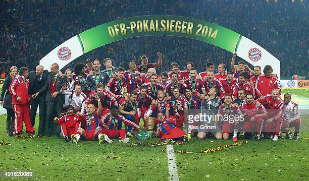 The team of FC Bayern Muenchen celebrates after winning the DFB Cup Final match between Borussia Dortmund and FC Bayern Muenchen at Olympiastadion on...