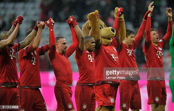 The team of FC Bayern Muenchen celebrates after winning the Bundesliga match between FC Bayern Muenchen and SV Darmstadt 98 at Allianz Arena on...