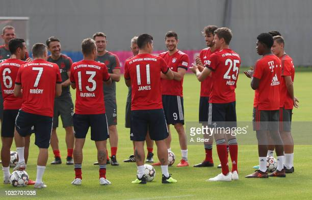 The team of FC Bayern Muenchen congratulate Thomas Mueller for his birthday before a training session at the club's Saebener Strasse training ground...