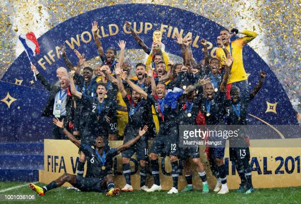 The team of France celebrates with the World Cup trophy after the 2018 FIFA World Cup Final between France and Croatia at Luzhniki Stadium on July 15...