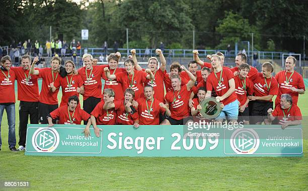 The team of Freiburg celebrate the victory after the DFB Juniors Cup final match between SC Freiburg and Borussia Dortmund at the KarlLiebknecht...