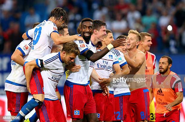 The team of Hamburg celebnrate after winning the Bundesliga match between Hamburger SV and VfB Stuttgart at Volksparkstadion on August 22 2015 in...
