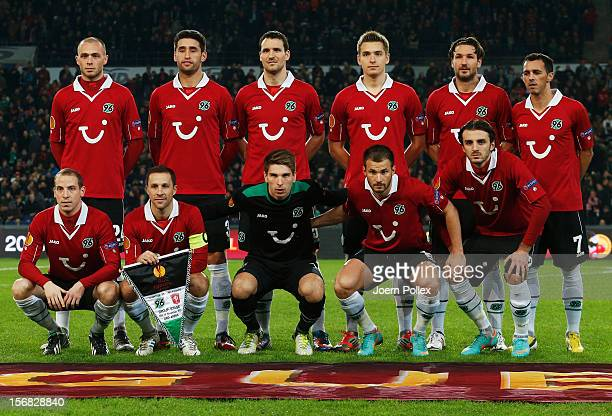 The team of Hannover is pictured prior to the UEFA Europa League Group L match between Hannover 96 and FC Twente at AWD Arena on November 22, 2012 in...