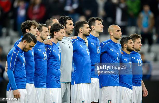 The team of Italy holds a minute of silence prior to the International Friendly match between Germany and Italy at Allianz Arena on March 29 2016 in...