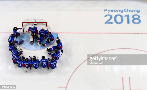 The team of Korea lines up before the Ice Hockey Preliminary Round Group A game between Korea and Japan during day one of the PyeongChang 2018...