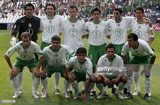 The team of Mexico poses for the Team picture before the FIFA Confederations Cup Match between Japan and Mexico at the AWD Arena on June 16 2005 in...