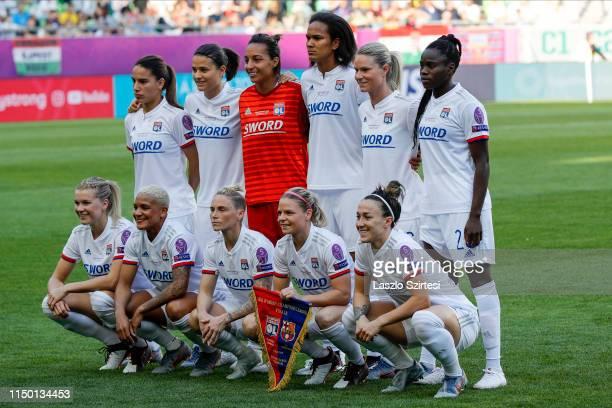 The team of Olympique Lyonnais upper row AmelMajri DzseniferMarozsan SarahBouhaddi WendieRenard AmandineHenry GriedgeM'Bock Bathy bottom row...