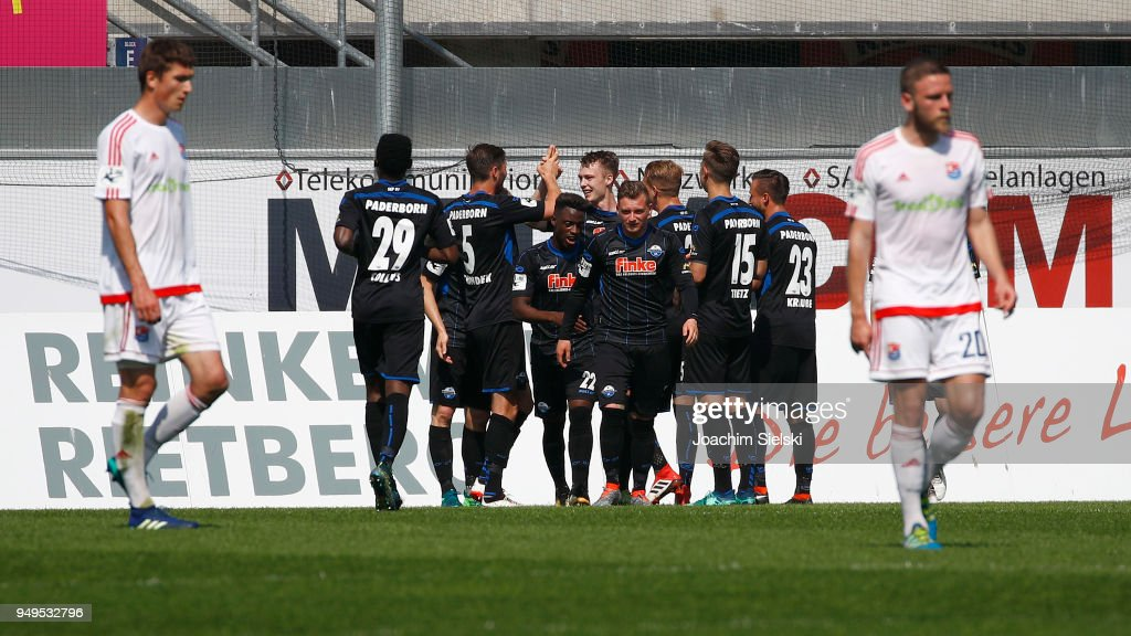 The Team of Paderborn celebrate the Goal 2:0 for Paderborn during the 3. Liga match between SC Paderborn 07 and SpVgg Unterhaching at Benteler Arena on April 21, 2018 in Paderborn, Germany.