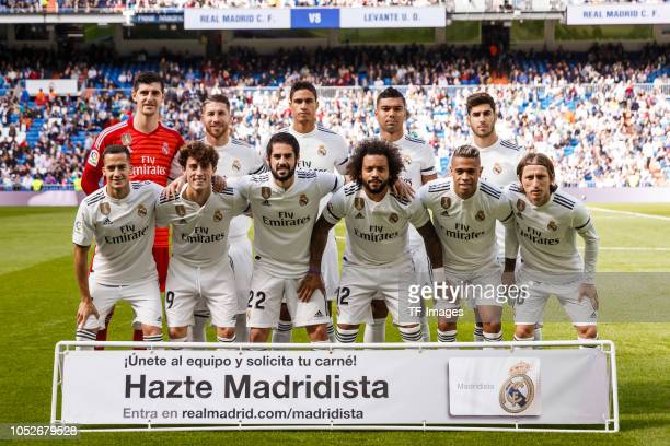 The team of Real Madrid pose for a photo prior the La Liga match between Real Madrid CF and Levante UD at Estadio Santiago Bernabeu on October 20...