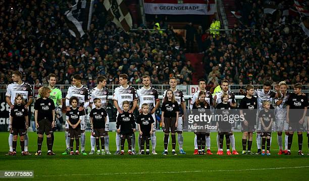 The team of St Pauli line up before the second Bundesliga match between FC St Pauli and RB Leipzig at Millerntor Stadium on February 12 2016 in...