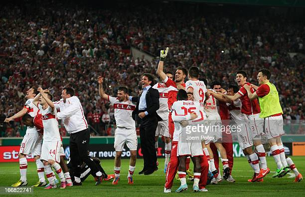 The team of Stuttgart celebrates after winning the DFB Cup Semi Final match between VfB Stuttgart and SC Freiburg at MercedesBenz Arena on April 17...
