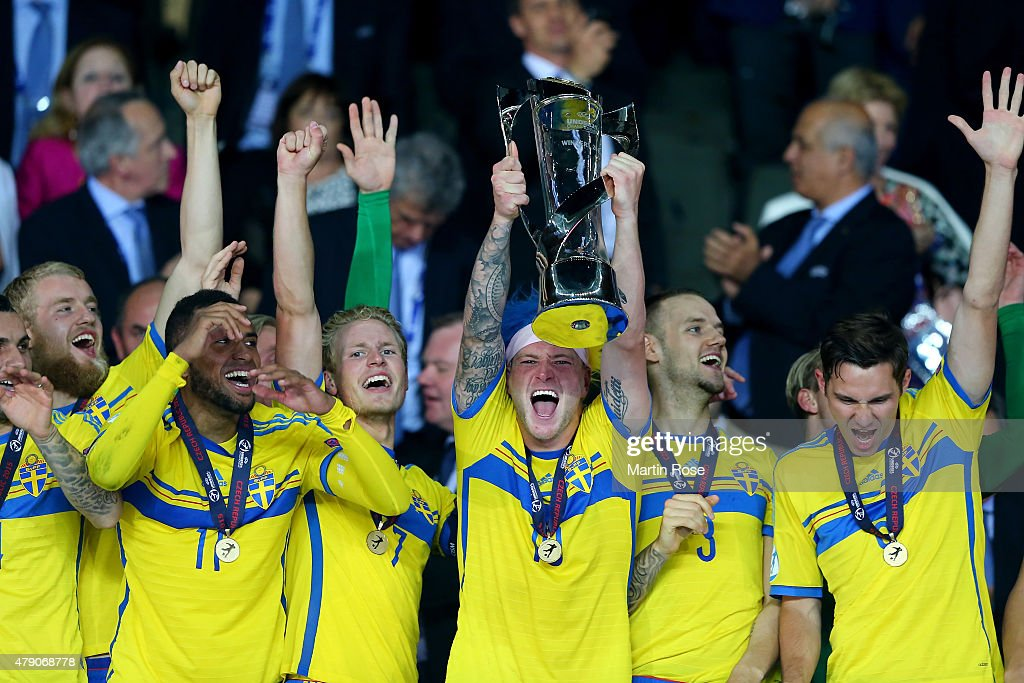 The team of Sweden celebrate after winning the UEFA European Under-21 final match between Sweden and Portugal at Eden Stadium on June 30, 2015 in Prague, Czech Republic.