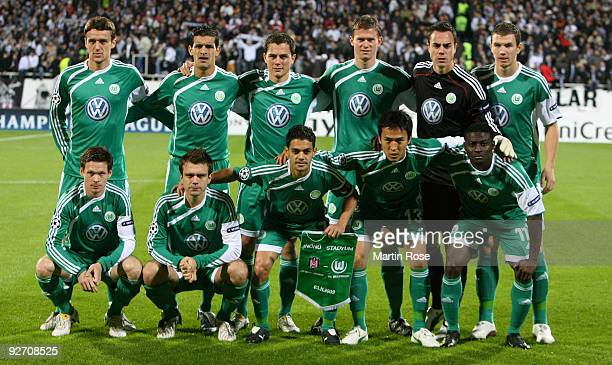 The team of Wolfsburg line up for a photo prior to the UEFA Champions League Group B match between Besiktas and VfL Wolfsburg at the Inoenue stadium...