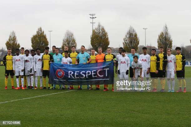 The teams come together prior to the UEFA Youth League match between Borussia Dortmund and Tottenham Hotspur at Training Ground Brakel on November 21...