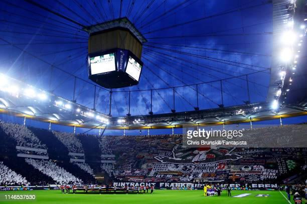 The teams line up before the UEFA Europa League Semi Final First Leg match between Eintracht Frankfurt and Chelsea at CommerzbankArena on May 02 2019...