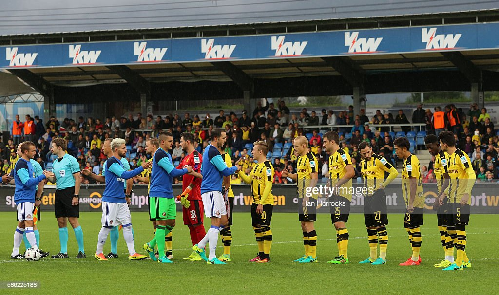 The teams line up during the pre-season friendly match between Sunderland AFC and Borussia Dortmund at Cashpoint Arena on August 5, 2016 in Altach, Austria.