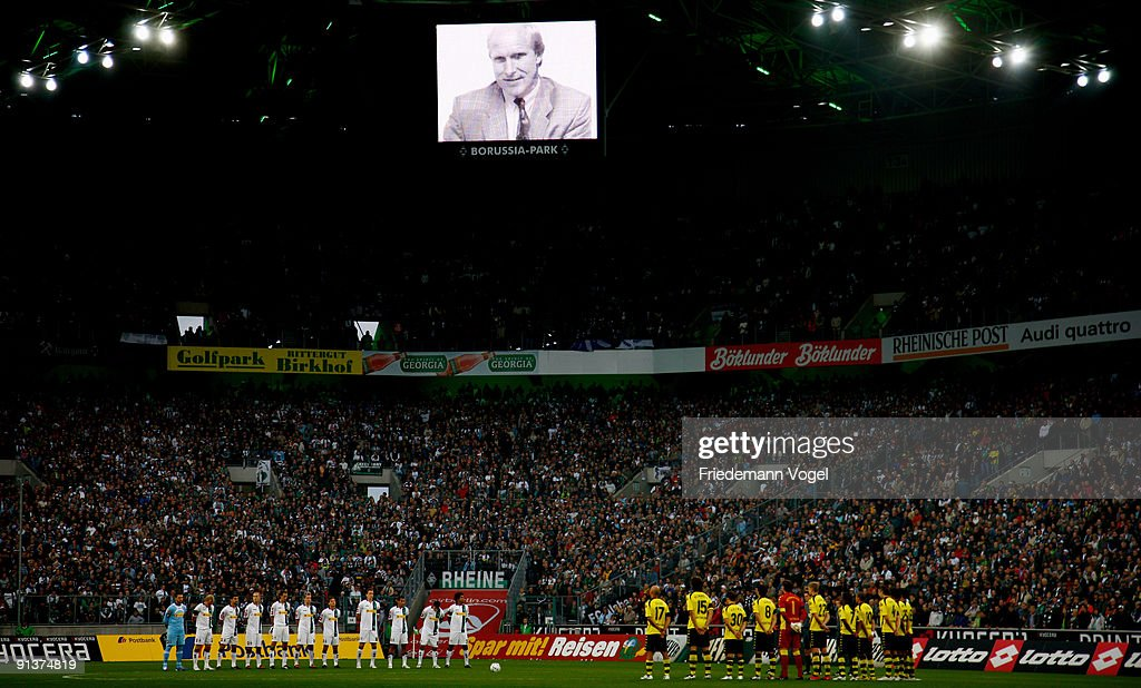 Borussia M'gladbach v Borussia Dortmund - Bundesliga : News Photo