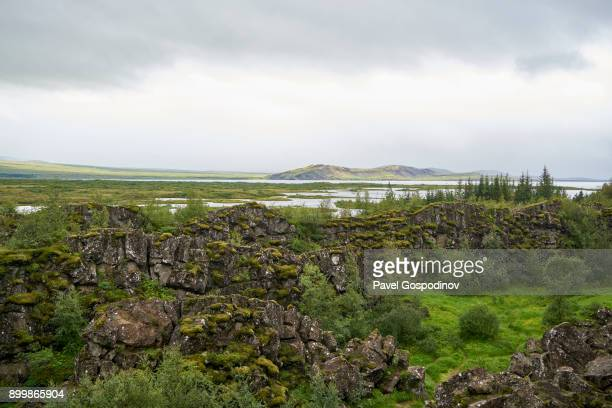 the tectonic plates þingvellir national park in iceland - thingvellir stock photos and pictures