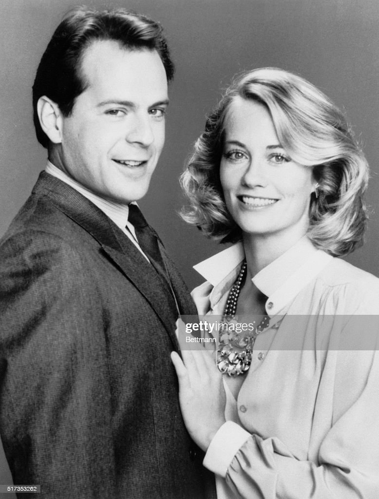 The television show Moonlighting aired from 1985-1989.