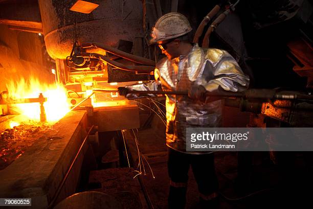 The temperature is measured to record the very precise melting point before steel coming from the ladle is placed in a tundish that feeds 4...